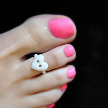 Toe Ring - White Heart Button - Stretch Bead Toe Ring