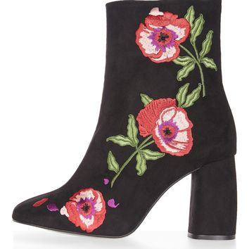 MADAME Embroidery Boots