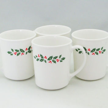 Corelle Winter Holly Coffee Cups Set of 4 Vintage Christmas Mugs