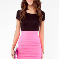 Sassy Skirt in Neon Pink :: tobi