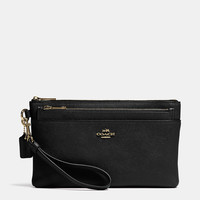 LARGEwristlet with pop-up pouchin embossed textured leather