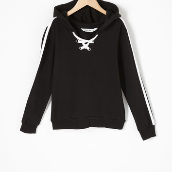 Girls Contrast Lace-Up Popover Hoodie