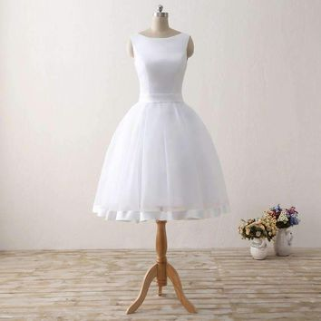 Cheap Short Beach Wedding Dresses Backless Women Knee Length Organza Satin Formal Bridal Party Gowns White Dress With Bow