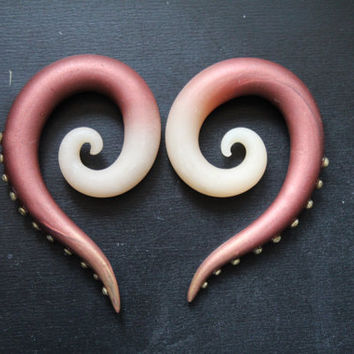 Custom Skinner Blend Glow-In-The-Dark Polymer Clay Spiral Plugs