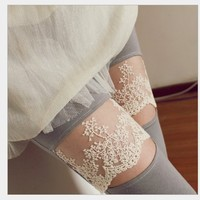 Comfortable Leggings with Lace Pattern Grey 316