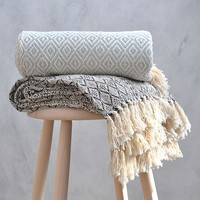 Loom Diamond Throw