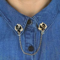 Captive roses collar pin set with chain