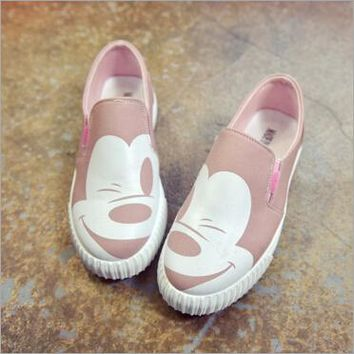 2018 autumn new Korean female low to help single shoes round canvas round flat Mickey female casual shoes   R5