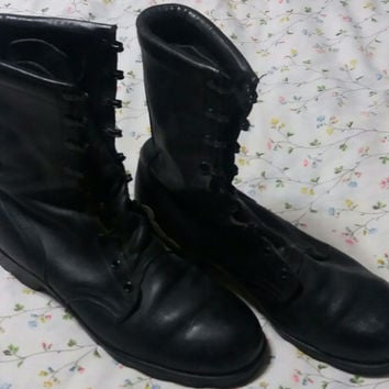 Vintage Black Leather Military Issue Combat Boots Size 10 R 10R Ro Ro-Search Speed Lace Pineapple Bottom Work Motorcycle Punk Metal Grunge
