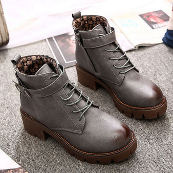 College wind Martin boots