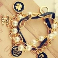 Gold Tone Rose Four-leaf Clover Flower Beads Pearl Strand Bangle Bracelet