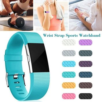 Two Style Of Soft Silicone  Wrist Strap Sports Watchband Replacement for Fitbit Charge 2 Small/Large