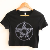 Pizza Pentagram Black Graphic Crop Top