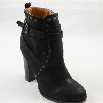 Stitched Fall Booties - Black
