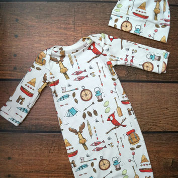 Baby Organic Gown Bringing Home Baby Gift Set Cute for Shower Gift  Gown and Hat in 4 different patterns