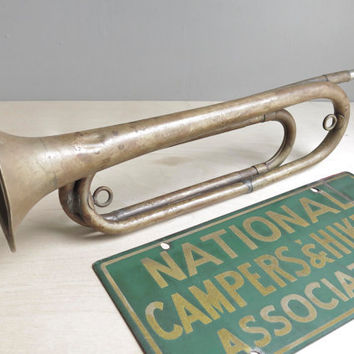 camp classic / 1920's boy scout official horn / bugle