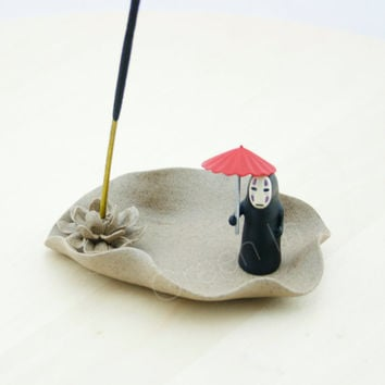 spirited away/ Incense burner/ miniature/ Aromatherapy/ incense/ Porcelain/ home decor/ no face/ Miyazaki/ Studio ghibli/ figurine/ Lotus