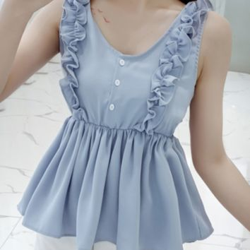 New chiffon sleeveless vest with ear-lace trim