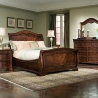 Catherine Queen Size Sleigh Bed