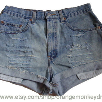 vintage levis 505 frayed hem custom jean ripped DESTROYED DISTRESSED denim high waisted shorts 32 inch waist