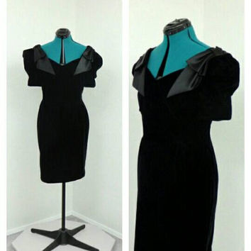 Vintage 80s Black Velvet Dress, Short Formal Dress, Prom Dress, Party Dress, Cocktail Dress, Puff Sleeve Dress, Bow Dress, Knee Length