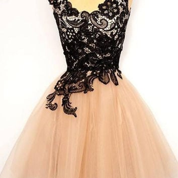 Pretty Black Lace Short Tulle Homecoming Dresses K347