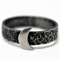Crescent Moon Ring, Celestial Jewelry, Gothic Moon Ring, Dark Night Ring, Oxidized Silver Ring