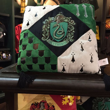 Universal Studios Wizarding World of Harry Potter Slytherin Pillow New with Tags