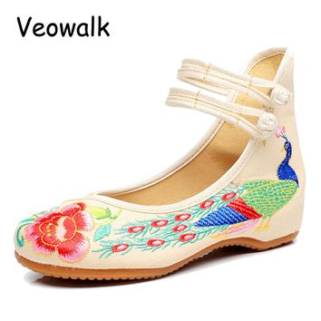 Veowalk Big Size 34-43 Fashion Women Shoes Old Beijing Mary Jane Flats With Peacock Embroidery Chinese Cloth Breathable Shoes