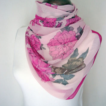 Rose Scarf, Womens scarf, Pink flowers, Romantic scarf, Gypsy scarves, Russian scarf, Womens gift, Gift for her, Mom gift, Special scarfs