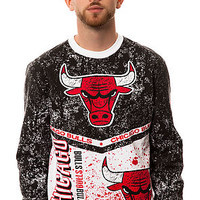 Mitchell & Ness Sweatshirt Chicago Bulls In The Stand Crew Fleece in Red