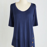 Mid-length Short Sleeves Quaint a Picture Top in Navy