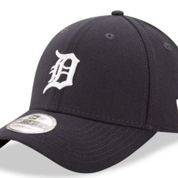 Mens Detroit Tigers Home Team Classic 39THIRTY Flex Fit Hat By New Era