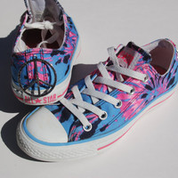 Rare Tie Dye  Converse - Blue/Pink/Peace Sign