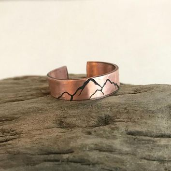 Copper Mountain Ring, hammered copper band, stamped ring, adjustable band, unisex gift, nature jewelry, hiking jewelry, thin mountain ring