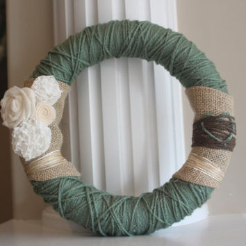 Rustic Wreath / Rustic Wedding / Farmhouse / Home Accents / Rustic Wedding Decor / Flower wreath / Burlap Wreath