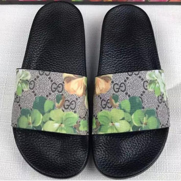 GUCCI Men and women couples print word sandals Slipper Shoes green flower