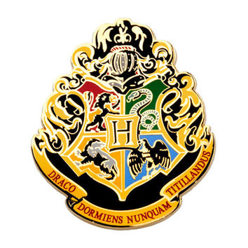 Universal Studios Wizarding World Harry Potter Hogwarts Crest Pin New With Card