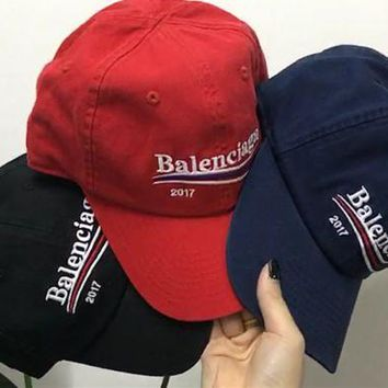 DCCK6HW Balenciaga' Unisex Casual Fashion Embroidery Letter Wave Stripe Flat Cap Baseball Cap Couple Sun Hat