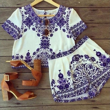 Two Pieces Blue and White Porcelain Crop Top Shorts Elastic Waist Pockets Set