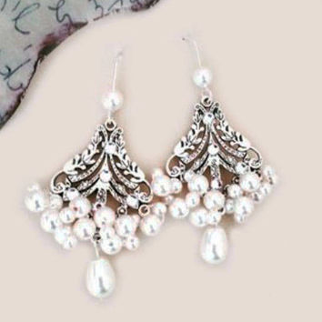 Bridal Earrings Pearl Wedding Earrings Statement Jewelry for Brides Swarovski Ivory Pearl Crystal Chandelier Earrings Wedding Jewelry Leaves