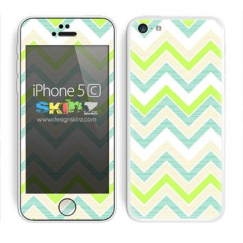 Subtle Bright Green and White Chevron Pattern Skin For The iPhone 5c