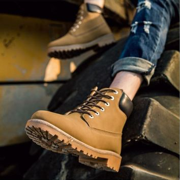 New Fashion Lovers Marten Boots Lace-Up Unisex Man Shoes Casual Spring / Winter