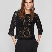 FLOCKED LACE TOP