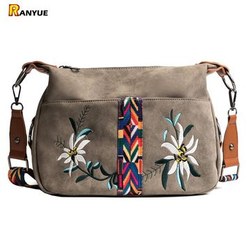 Vintage Floral Embroidery Bag Wide Strap Handbag Shoulder Crossbody Bags For Women Messenger Bags Small Bolsa Feminina Couro Sac