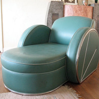 Spectacular Art Deco green leather and chrome chaise lounge fainting couch designer item