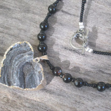 Chalcedony Druzy Heart Necklace, Silver Plated Heart Jewelry, Beaded Agate Gemstone Necklace