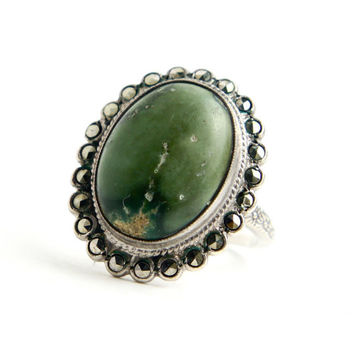 Antique Sterling Silver Green Agate Ring - Size 7 1/4 1930s Art Deco Marcasite Jewelry / Floral Band Embossments