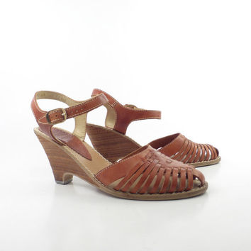 Kinney Shoes Vintage 1970s Sandals Carmel Brown Leather High Heel Wedge Clog women's size 6