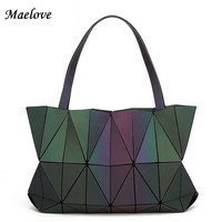 New Bao Bao Women Luminous sac baobao Bag Diamond Tote Geometry Quilted Shoulder Bags Saser Plain Folding Handbags Diamond shape